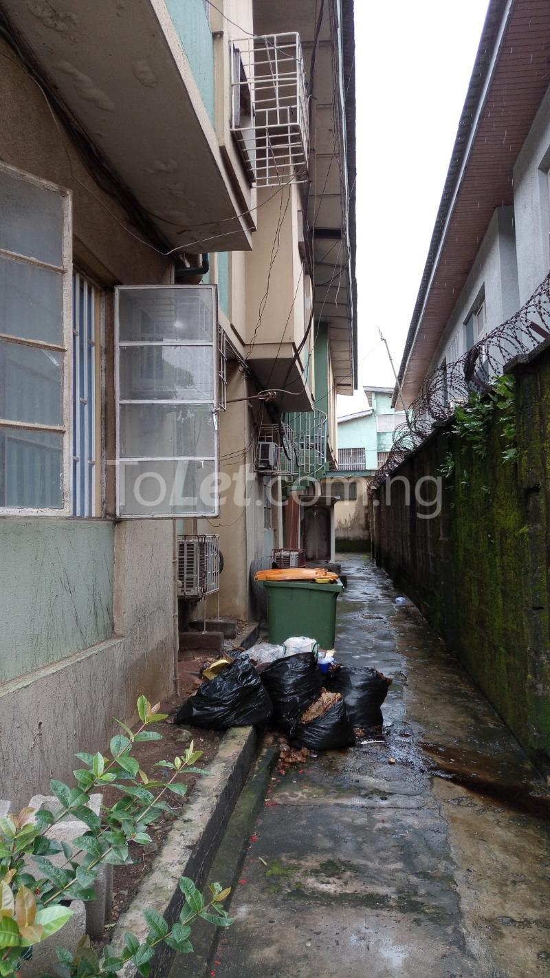 3 bedroom House for sale In Between GTBANK & EcoBank. Airport Road Oshodi Lagos - 5