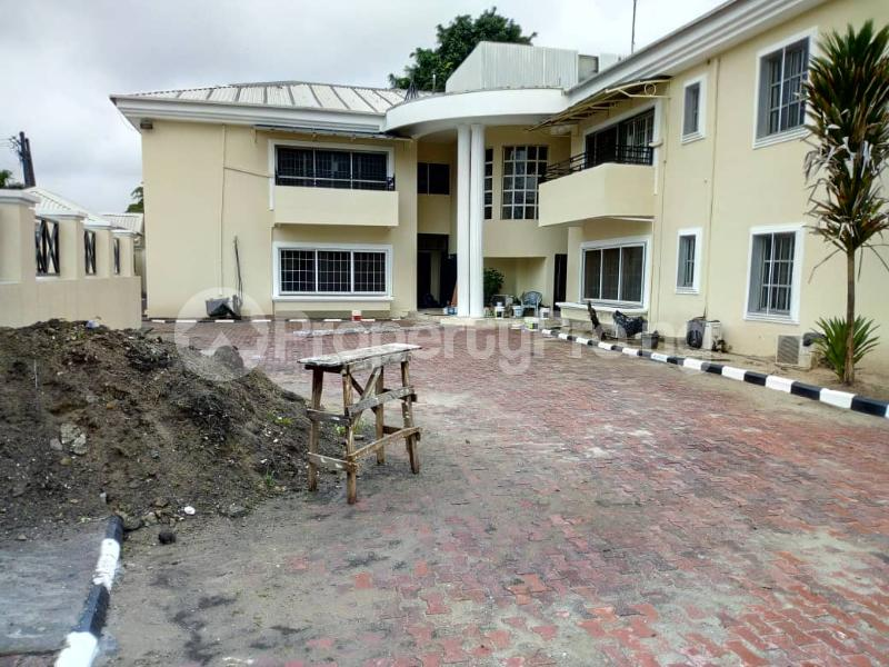 3 bedroom Blocks of Flats House for rent Ibironke Crescent  Parkview Estate Ikoyi Lagos - 14