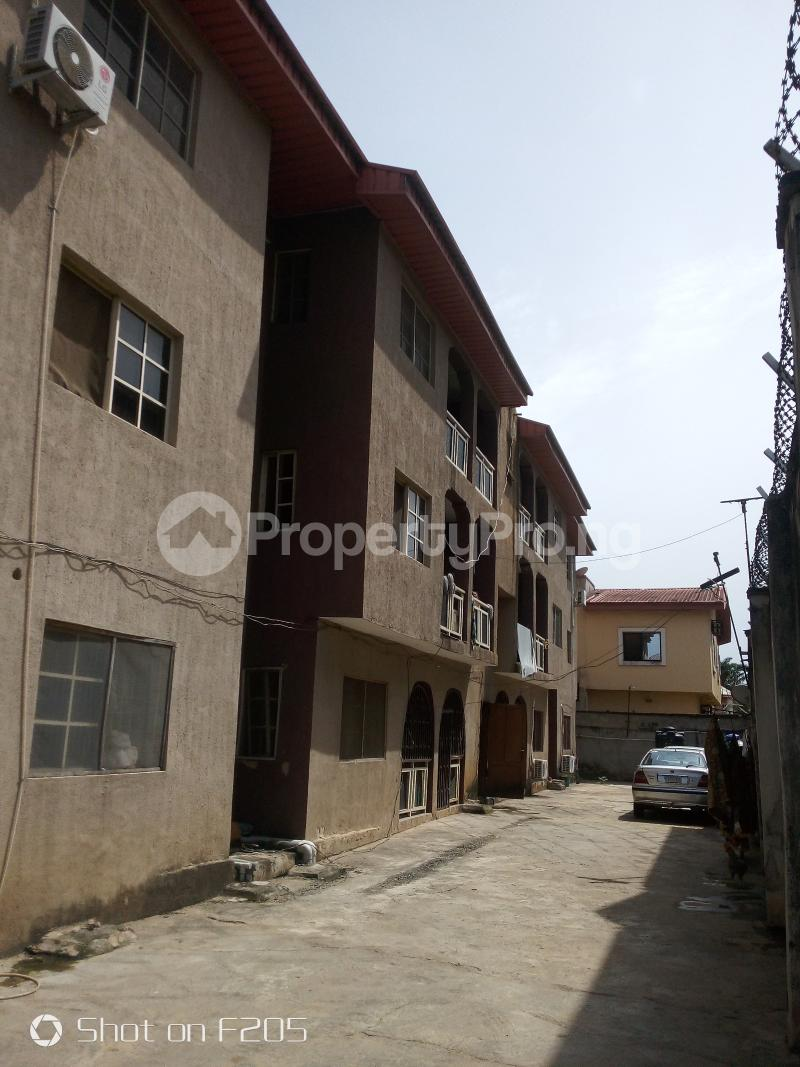 3 bedroom House for rent Canal Estate, okota, isolo Isolo Lagos - 3