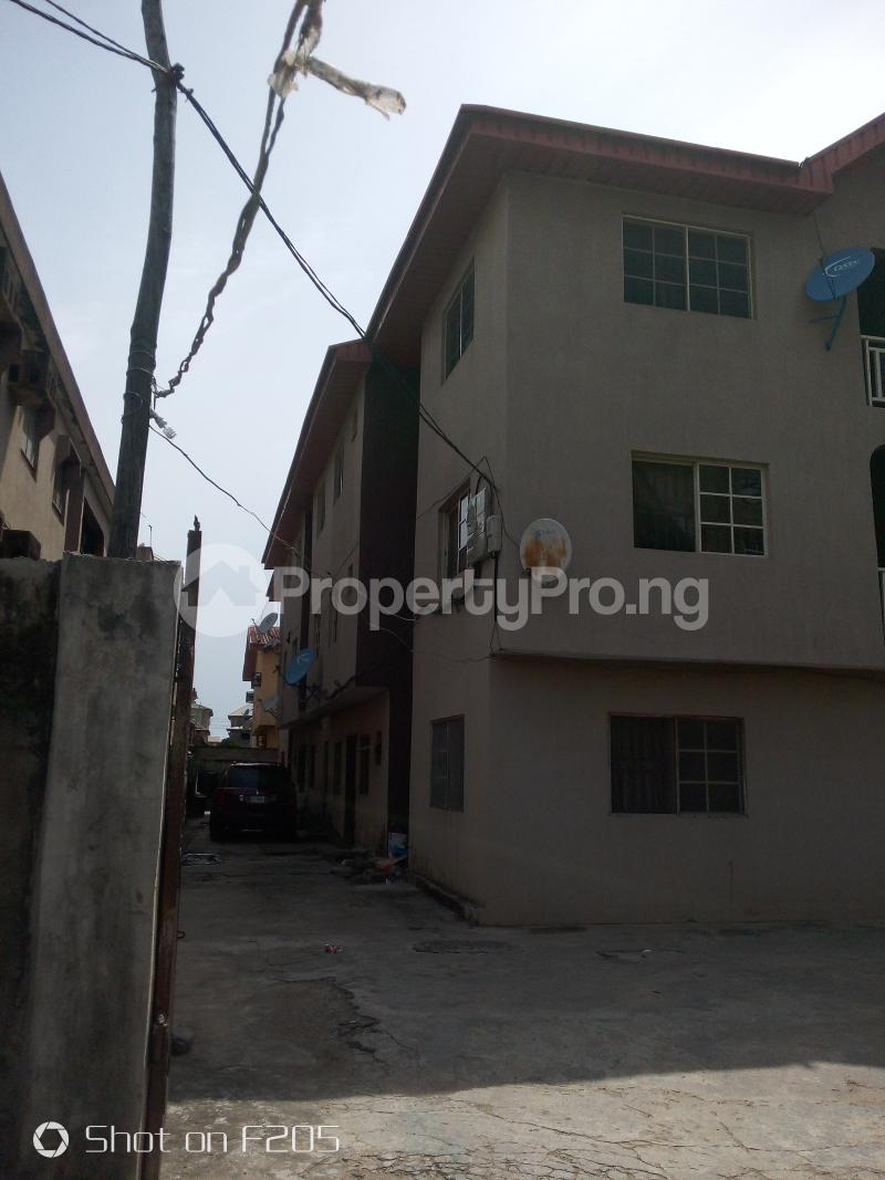 3 bedroom House for rent Canal Estate, okota, isolo Isolo Lagos - 1