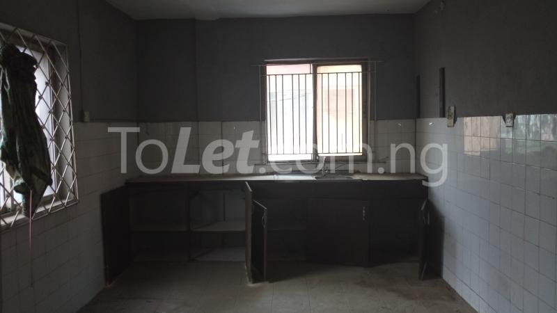 3 bedroom House for sale Accessible via Obanikoro  Phase 1 Gbagada Lagos - 2