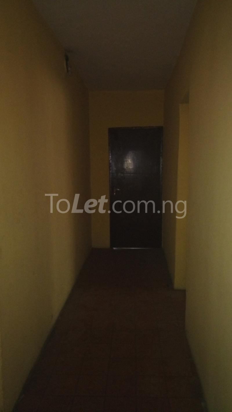 3 bedroom House for sale Accessible via Obanikoro  Phase 1 Gbagada Lagos - 5
