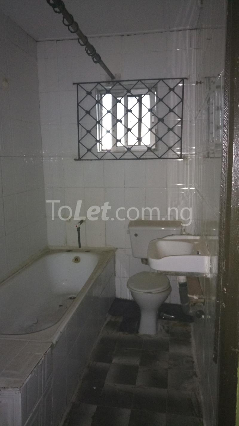3 bedroom House for sale Accessible via Obanikoro  Phase 1 Gbagada Lagos - 3