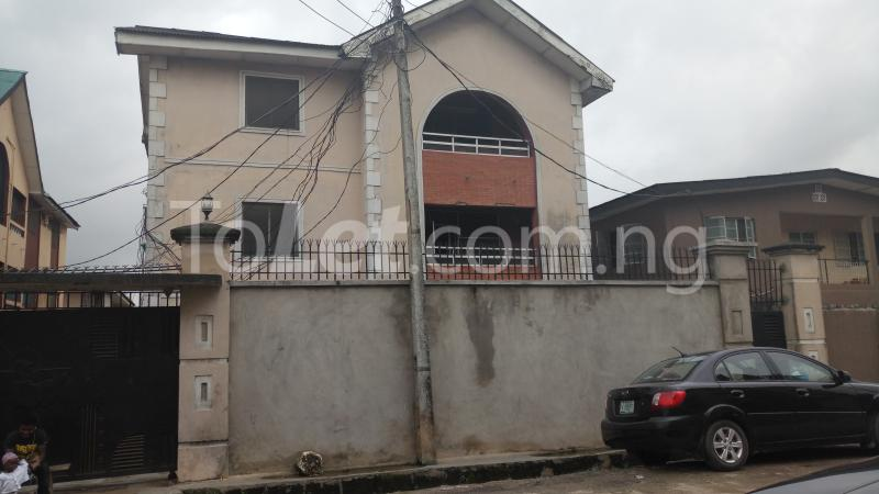 3 bedroom House for sale Accessible via Obanikoro  Phase 1 Gbagada Lagos - 0