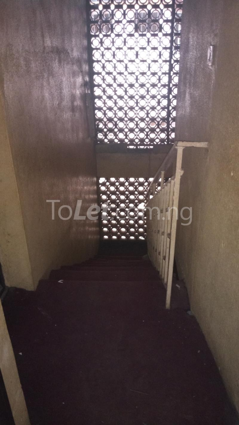 3 bedroom House for sale Accessible via Obanikoro  Phase 1 Gbagada Lagos - 6