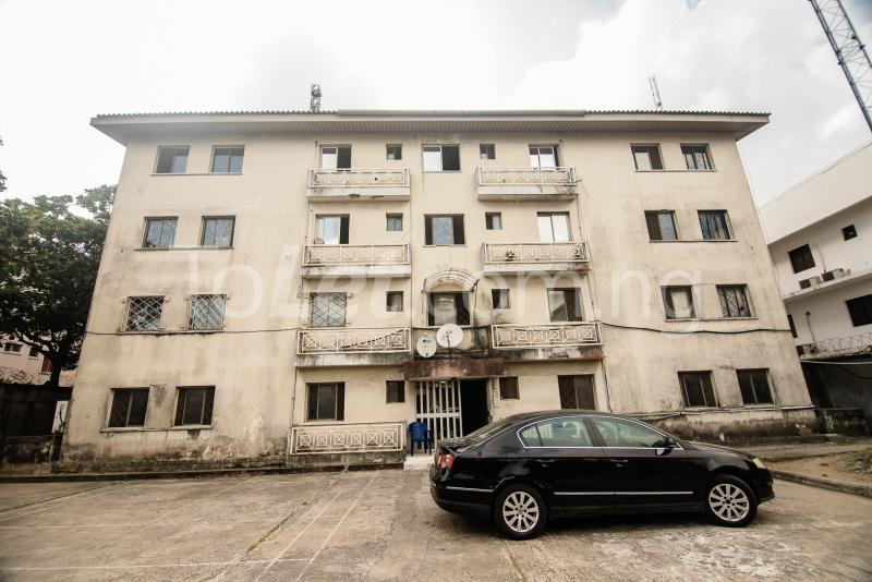 3 bedroom Flat / Apartment for sale Adeola Hopewell, Near the Nigerian Law School Adeola Hopewell Victoria Island Lagos - 4