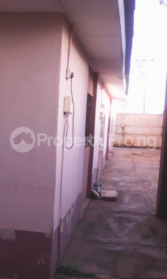 10 bedroom Blocks of Flats House for sale Aafin iyanu, Ologueru Eleyele Road Ibadan Ido Oyo - 3