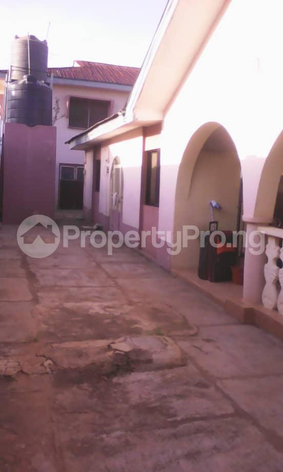 10 bedroom Blocks of Flats House for sale Aafin iyanu, Ologueru Eleyele Road Ibadan Ido Oyo - 0