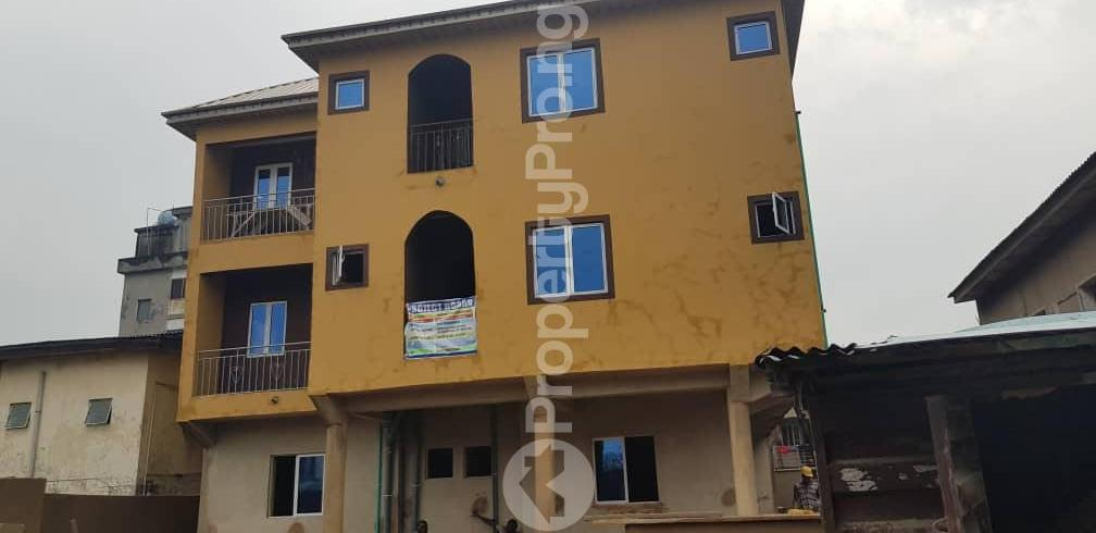 1 bedroom mini flat  Mini flat Flat / Apartment for rent off Nathan Ojuelegba Surulere Lagos - 2