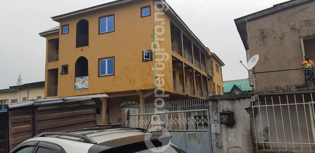 1 bedroom mini flat  Mini flat Flat / Apartment for rent off Nathan Ojuelegba Surulere Lagos - 1