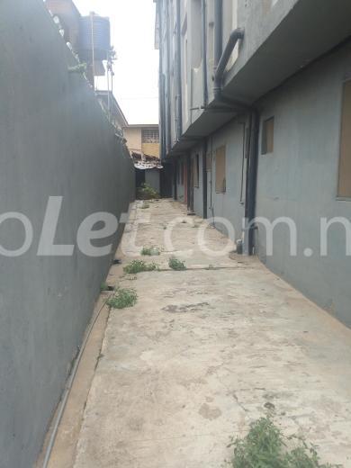2 bedroom Flat / Apartment for sale - Alapere Kosofe/Ikosi Lagos - 2