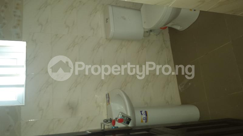 2 bedroom Flat / Apartment for rent Ogoyo Estate off Mobil Road Ilaje Ajah Lagos - 18