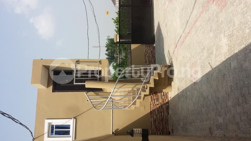 2 bedroom Flat / Apartment for rent Ogoyo Estate off Mobil Road Ilaje Ajah Lagos - 4