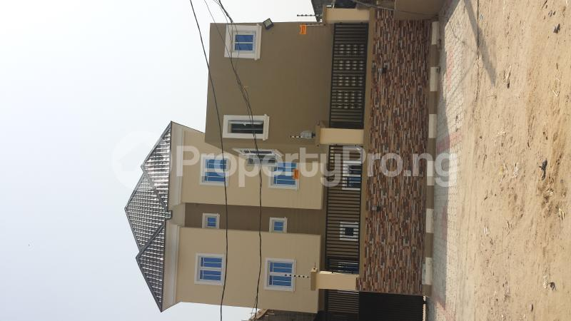2 bedroom Flat / Apartment for rent Ogoyo Estate off Mobil Road Ilaje Ajah Lagos - 0