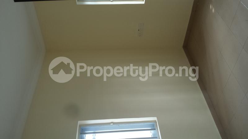 2 bedroom Flat / Apartment for rent Ogoyo estate off mobil road, Ilaje, Ajah Off Lekki-Epe Expressway Ajah Lagos - 5