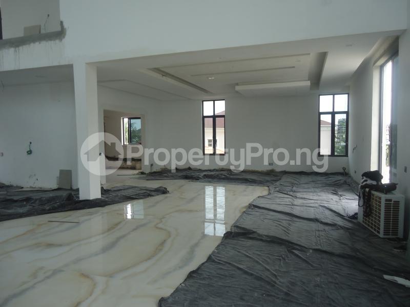 2 bedroom Massionette House for sale . Banana Island Ikoyi Lagos - 2