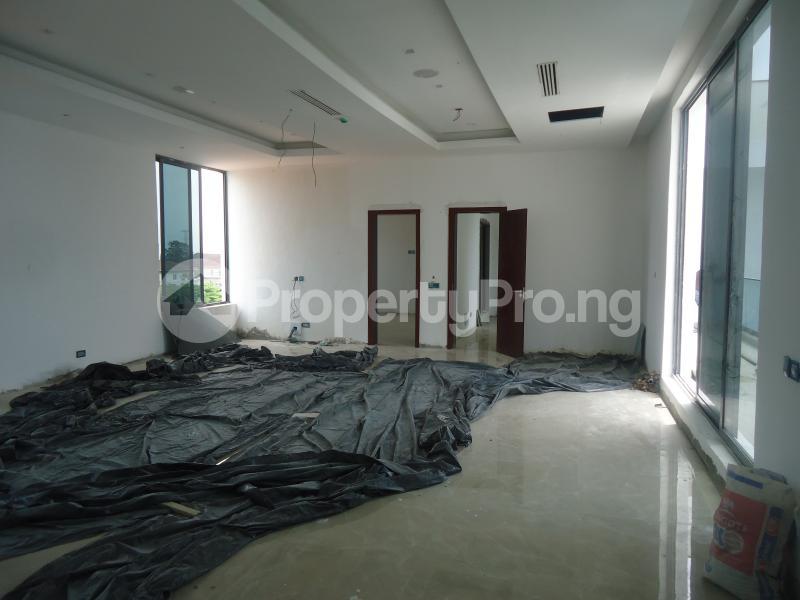 2 bedroom Massionette House for sale . Banana Island Ikoyi Lagos - 14