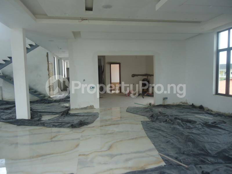 2 bedroom Massionette House for sale . Banana Island Ikoyi Lagos - 3