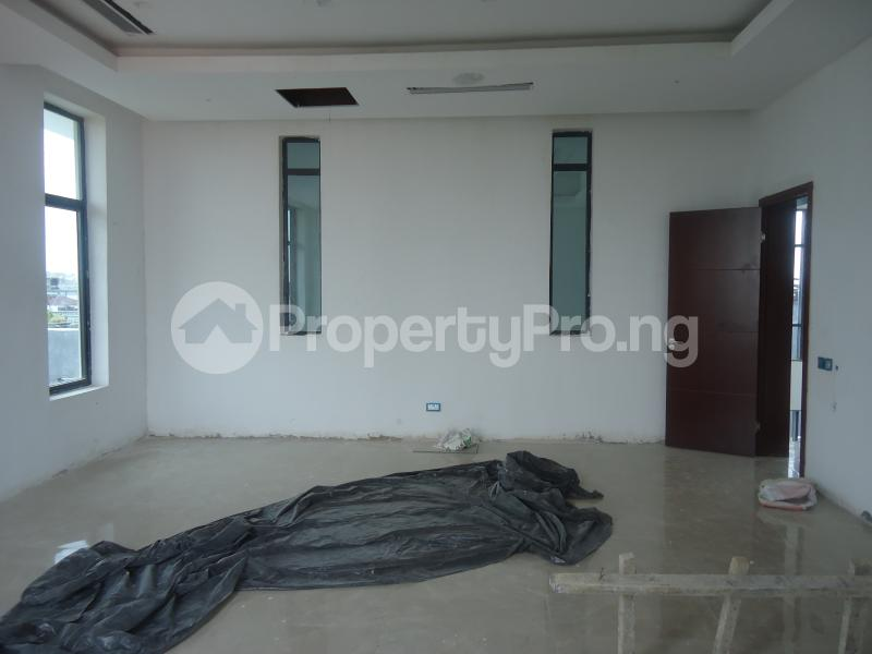 2 bedroom Massionette House for sale . Banana Island Ikoyi Lagos - 9