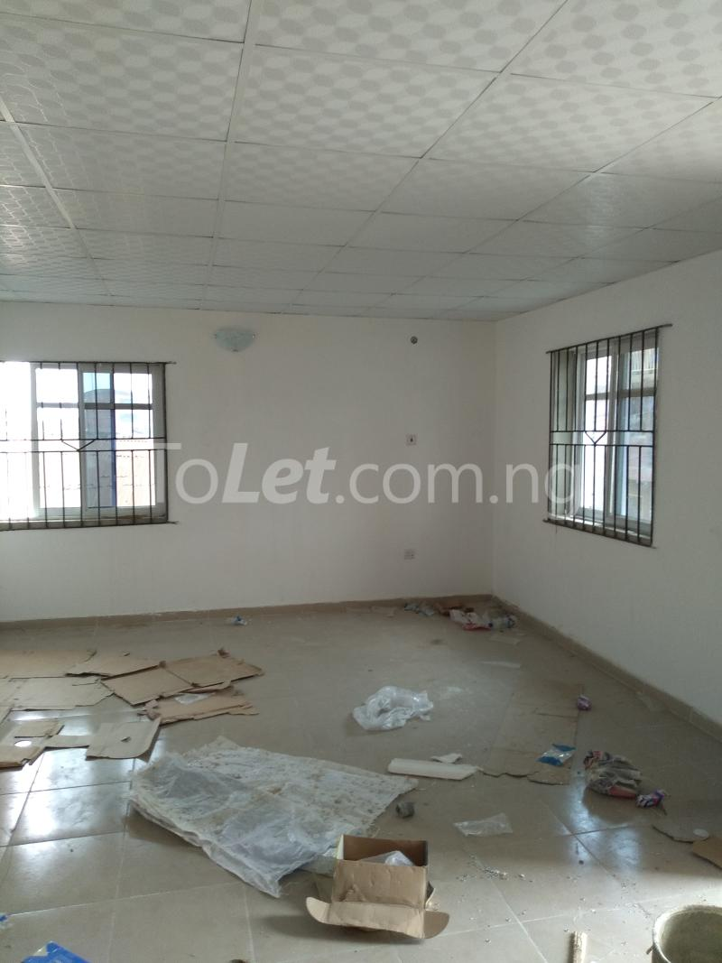 2 bedroom Flat / Apartment for rent Ilasa idi- Araba Surulere Lagos - 5