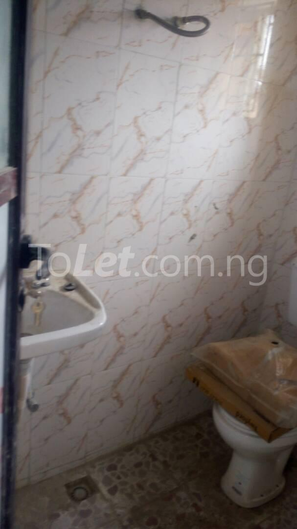 3 bedroom Flat / Apartment for sale Iponri Iponri Surulere Lagos - 7