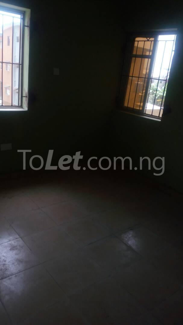 3 bedroom Flat / Apartment for sale Iponri Iponri Surulere Lagos - 17