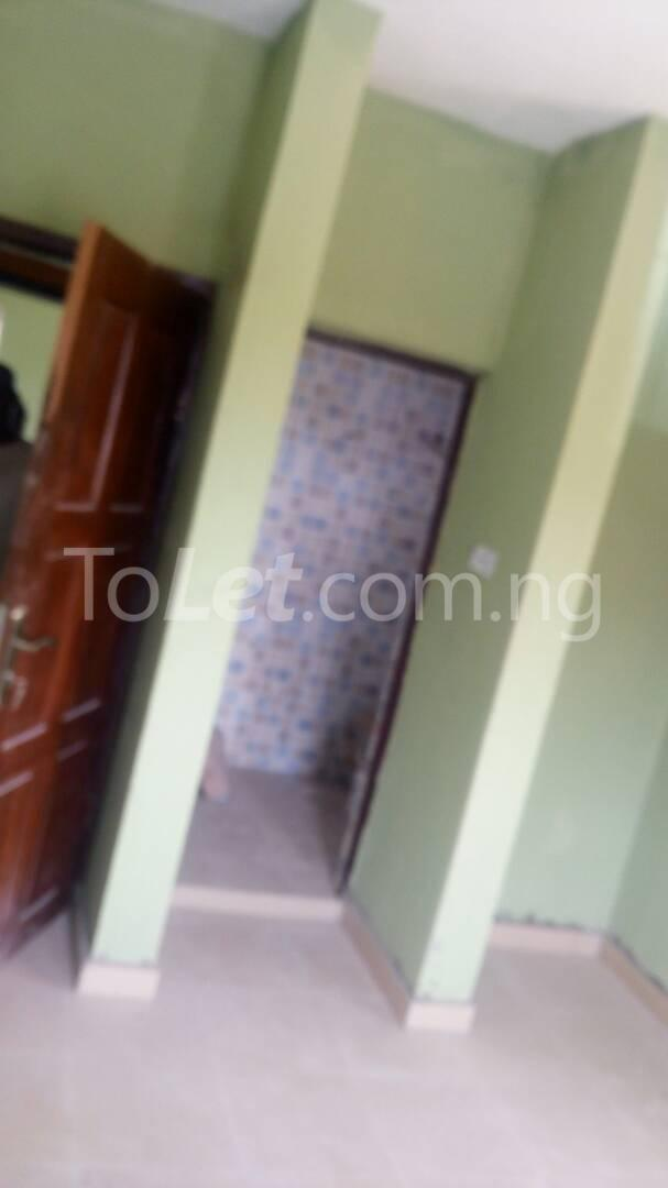 3 bedroom Flat / Apartment for sale Iponri Iponri Surulere Lagos - 5