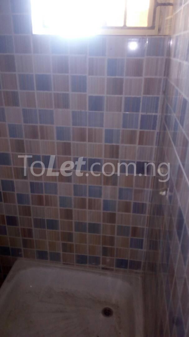3 bedroom Flat / Apartment for sale Iponri Iponri Surulere Lagos - 8