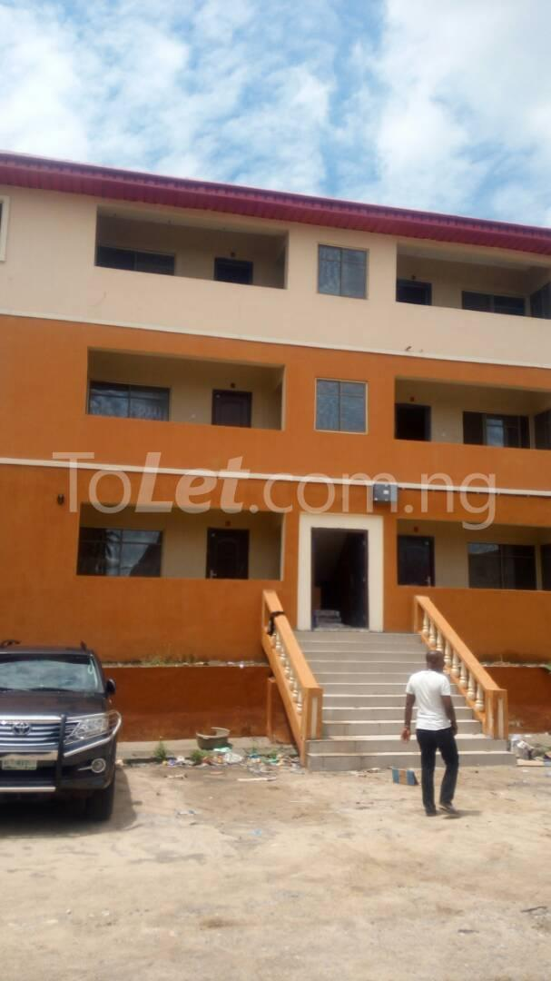 3 bedroom Flat / Apartment for sale Iponri Iponri Surulere Lagos - 1
