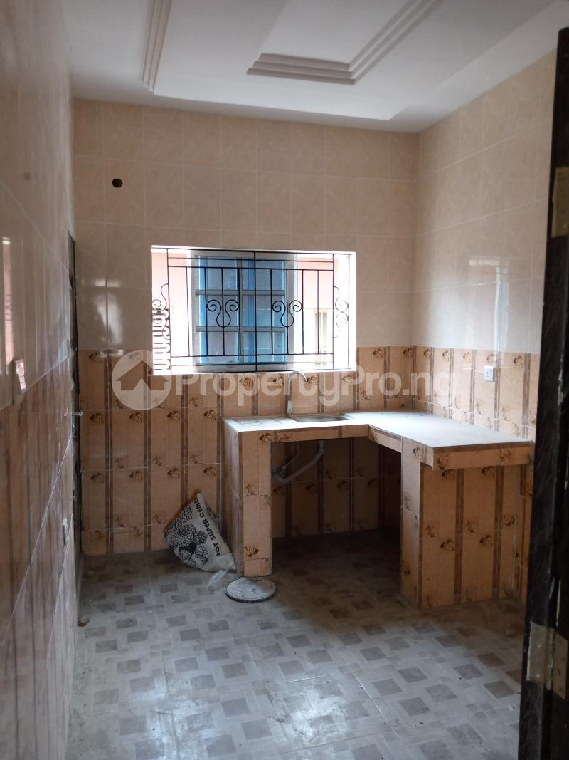 2 bedroom Flat / Apartment for rent   Ago palace Okota Lagos - 11