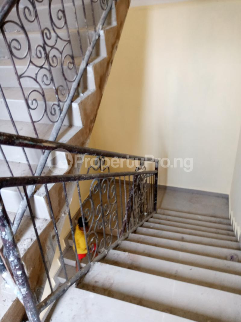 2 bedroom Flat / Apartment for rent   Ago palace Okota Lagos - 7