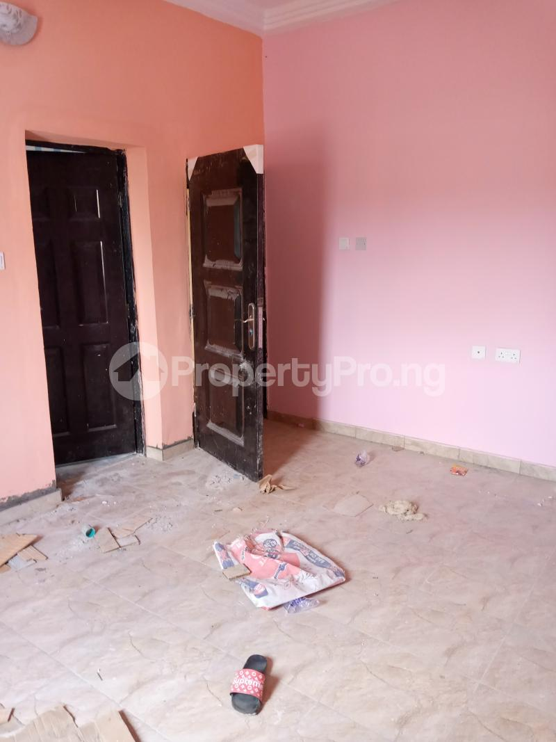 2 bedroom Flat / Apartment for rent   Ago palace Okota Lagos - 6