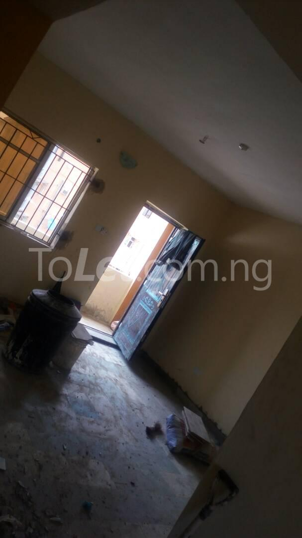 3 bedroom Flat / Apartment for sale Iponri Iponri Surulere Lagos - 4