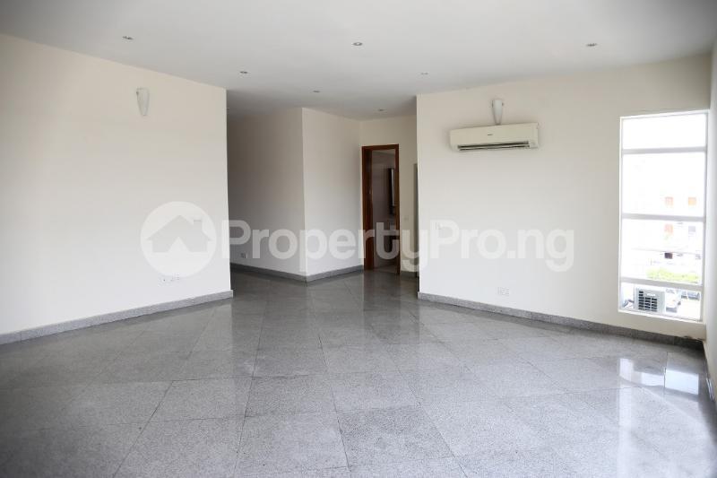 3 bedroom Flat / Apartment for sale Waterfront Banana Island Ikoyi Lagos - 2