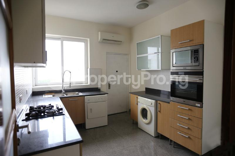 3 bedroom Flat / Apartment for sale Waterfront Banana Island Ikoyi Lagos - 10