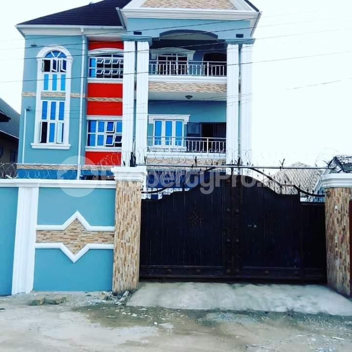 3 bedroom Blocks of Flats House for sale Shell Cooperative Estate,Off Old Opm site Eliozu Port Harcourt Rivers - 1