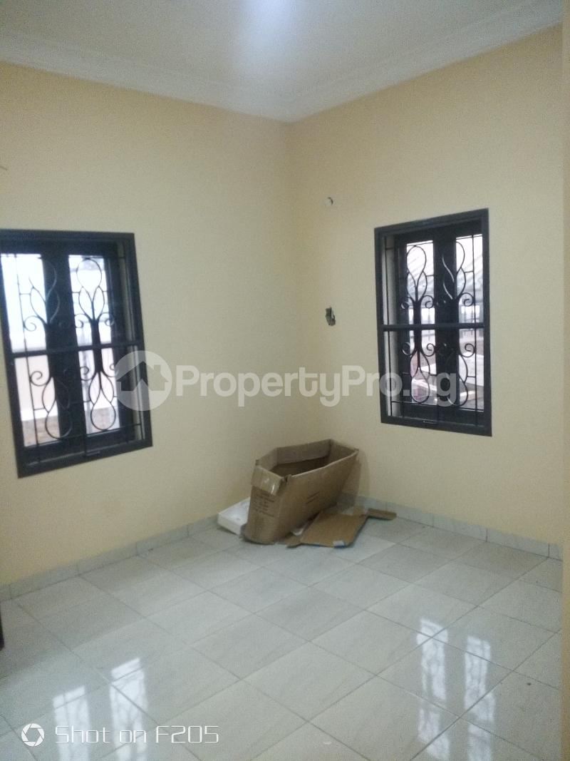 3 bedroom Flat / Apartment for rent Tarred road Isolo Lagos - 3