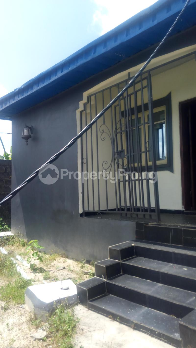 3 bedroom Detached Bungalow House for rent New Road Awoyaya Ajah Lagos - 3