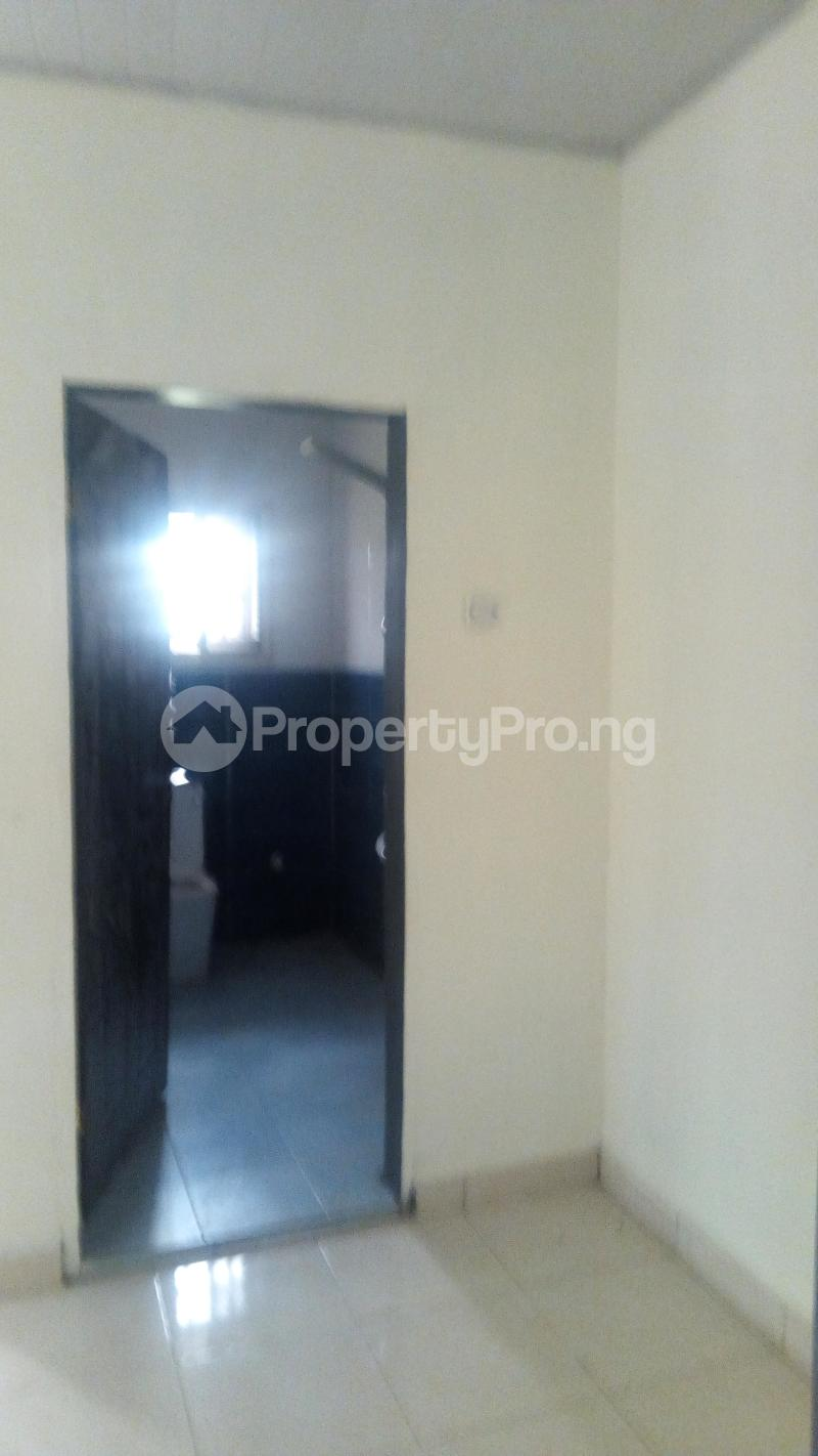 3 bedroom Detached Bungalow House for rent New Road Awoyaya Ajah Lagos - 4