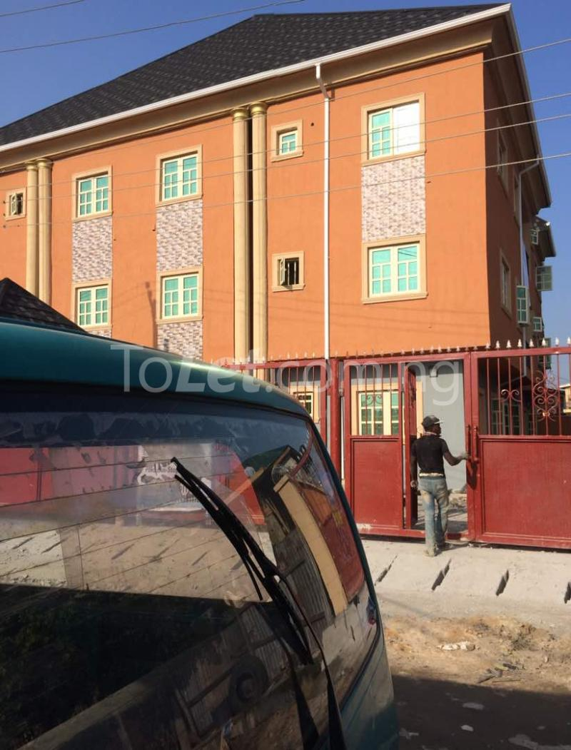 3 bedroom Flat / Apartment for rent Akoka Akoka Yaba Lagos - 0