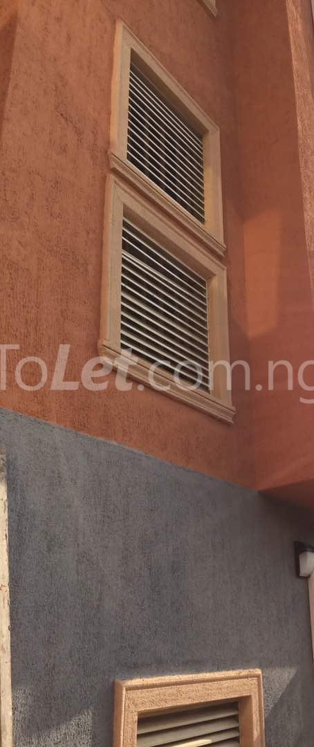 3 bedroom Flat / Apartment for rent Akoka Akoka Yaba Lagos - 3
