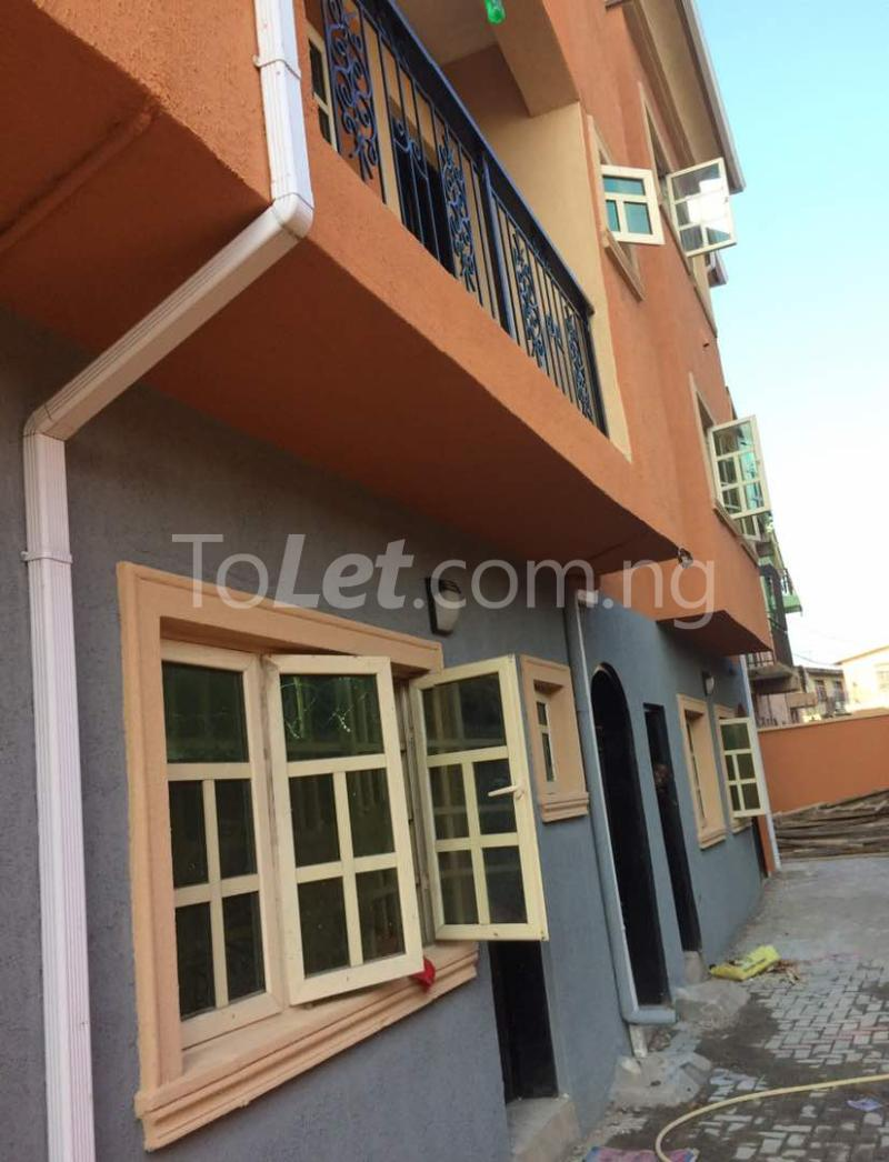 3 bedroom Flat / Apartment for rent Akoka Akoka Yaba Lagos - 1