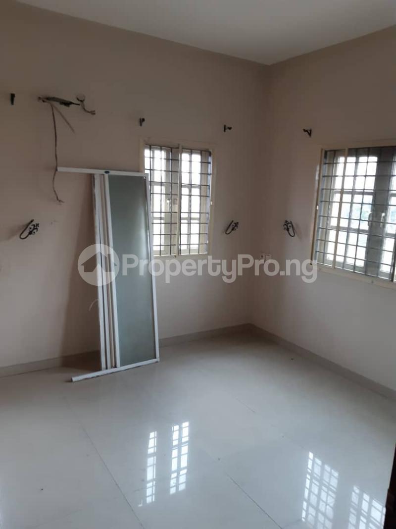 3 bedroom Flat / Apartment for rent surulere  Adelabu Surulere Lagos - 10