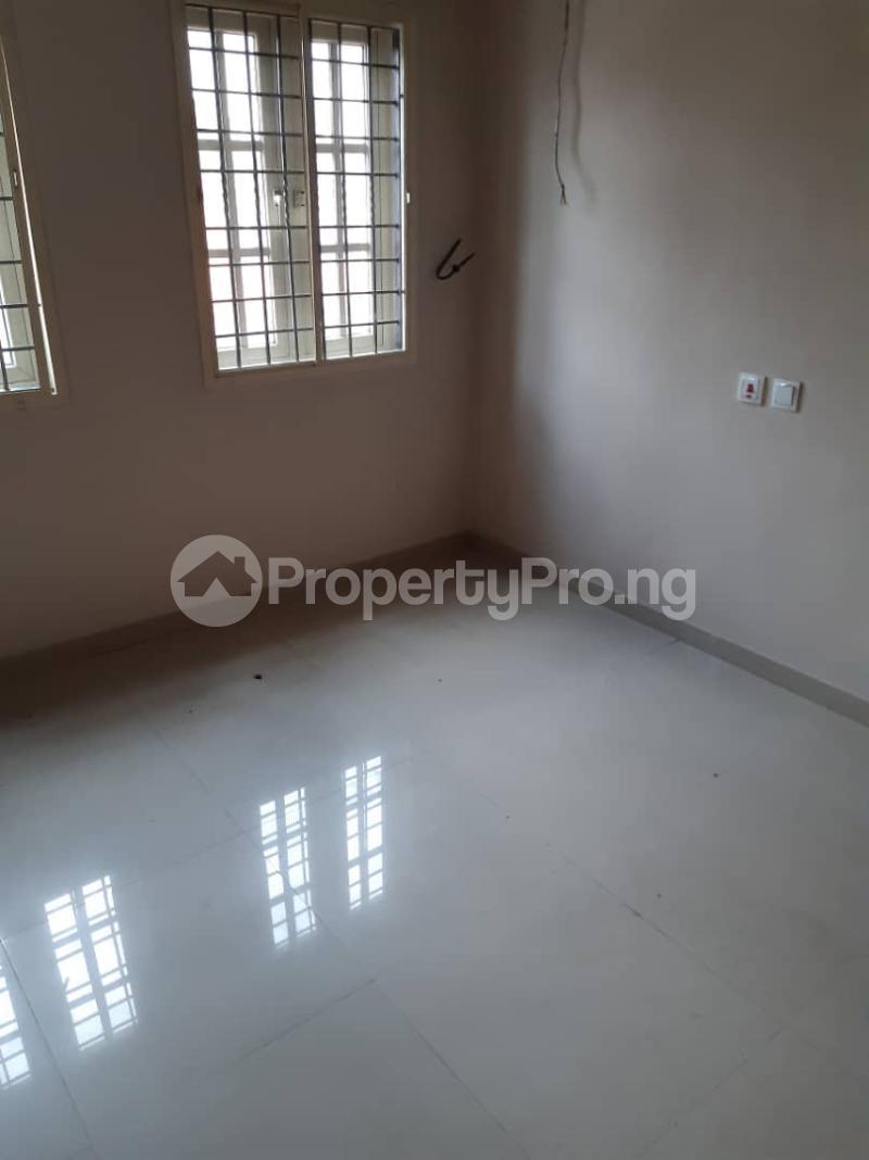 3 bedroom Flat / Apartment for rent surulere  Adelabu Surulere Lagos - 8