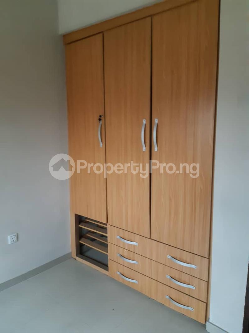 3 bedroom Flat / Apartment for rent surulere  Adelabu Surulere Lagos - 11