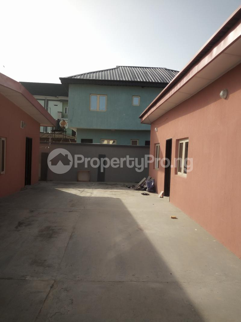 4 bedroom Detached Bungalow House for rent ADEGOKE ESTATE IN MASHA SURULERE Masha Surulere Lagos - 8