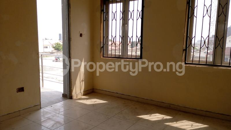 4 bedroom Terraced Duplex House for sale Maruwa Lekki Phase 1 Lekki Lagos - 10