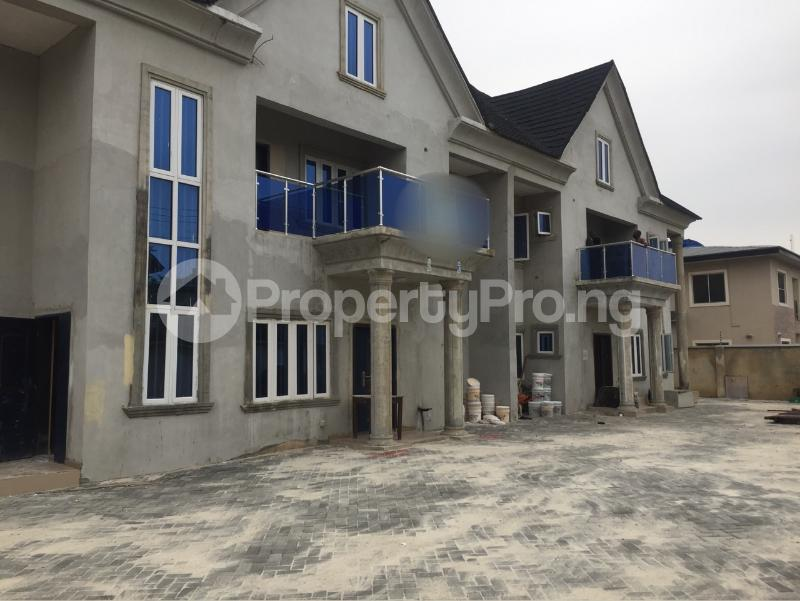 BRAND NEW 4 BEDROOM MAISONNETTE FOR RENT AT LEKKI RIGHT