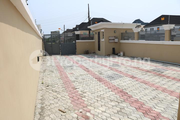 4 bedroom Semi Detached Duplex House for sale Peninsula Garden Estate Peninsula Estate Ajah Lagos - 3