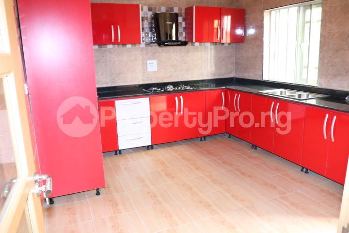 4 bedroom Semi Detached Duplex House for sale Peninsula Garden Estate Peninsula Estate Ajah Lagos - 18